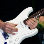 learn guitar scales